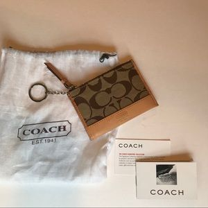 COACH - tan leather coin wallet